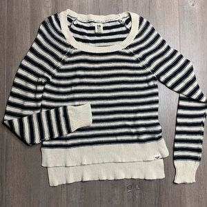 ROXY | Navy Blue & Cream Striped Hi Lo Sweater A28